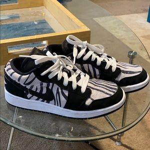 Nike Jordan 1 Low-top Size 4